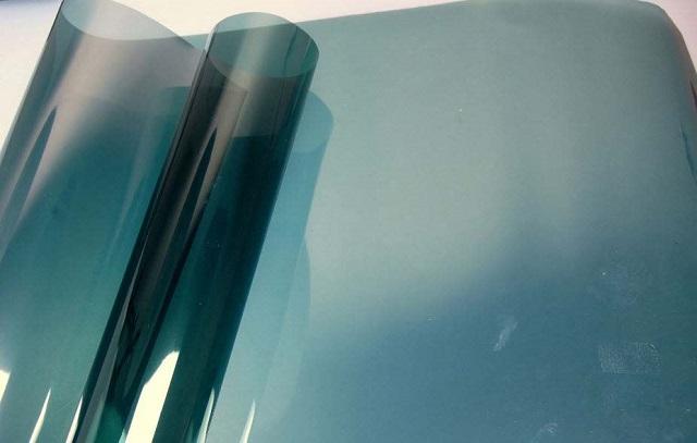 giấy dán kính chống nắng P2