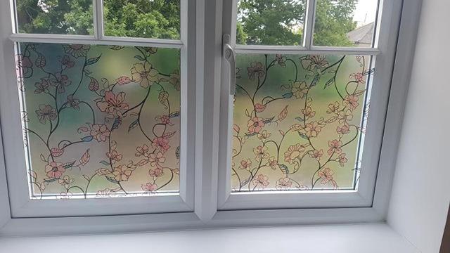 mẫu giấy dán kính cửa sổ 17