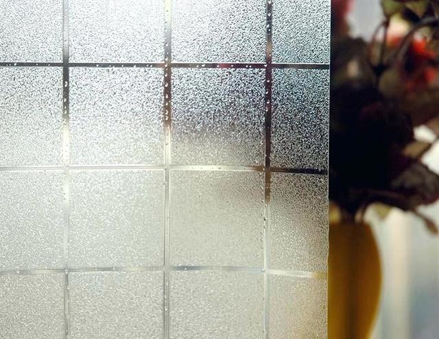 mẫu giấy dán kính cửa sổ 24