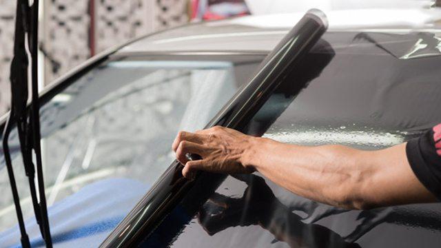 có nên dán phim cách nhiệt cho ô tô bảo vệ người dùng