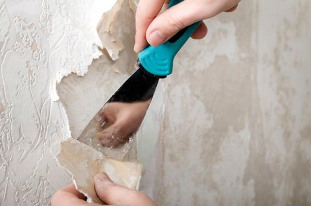 cách gỡ giấy dán tường sạch