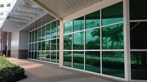 Giấy dán kính chống nắng tòa nhà