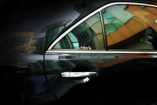 Decal dán kính ô tô 1 chiều